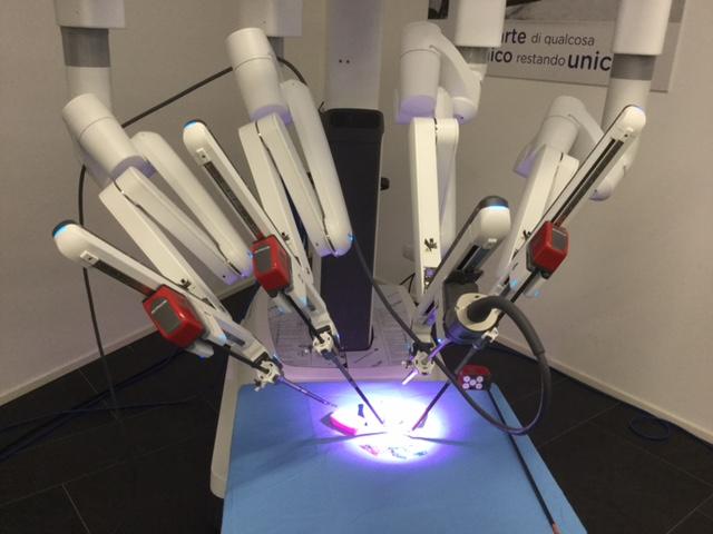 La chirurgia robotica è di casa in Lombardia