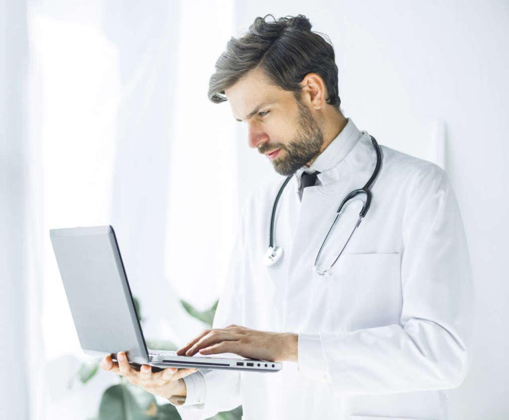 Tecnologia di simulazione 3D per i giovani chirurghi