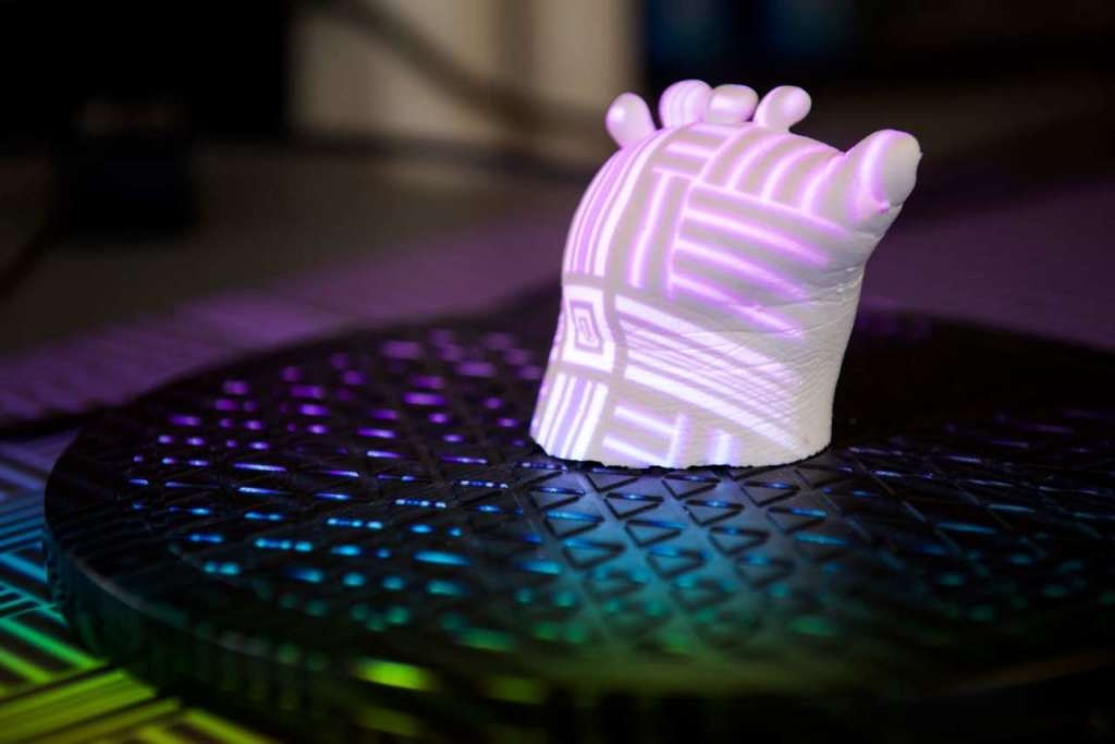 Stampa 3D di protesi con sensori elettronici integrati