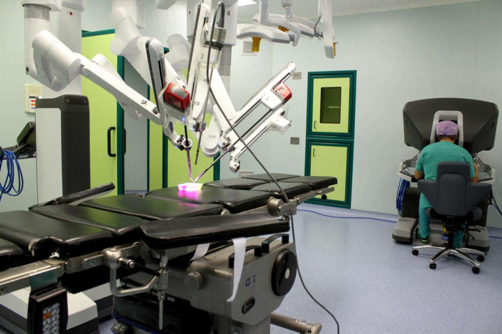 La chirurgia robotica abilita l'Ospedale di Parma