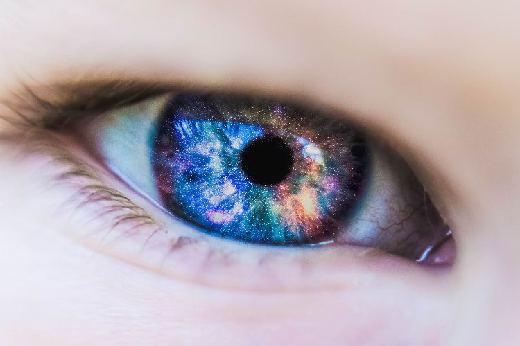 Con la lente a contatto smart, un occhio in più contro il diabete